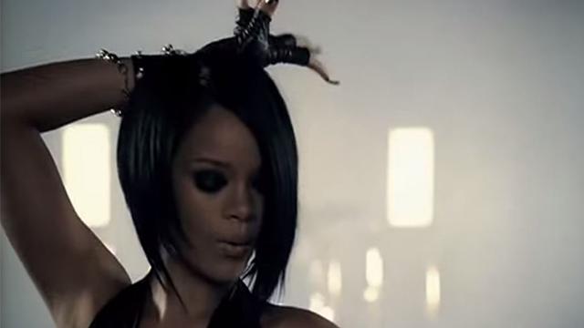 "Rihanna's best love songs-""Umbrella"""