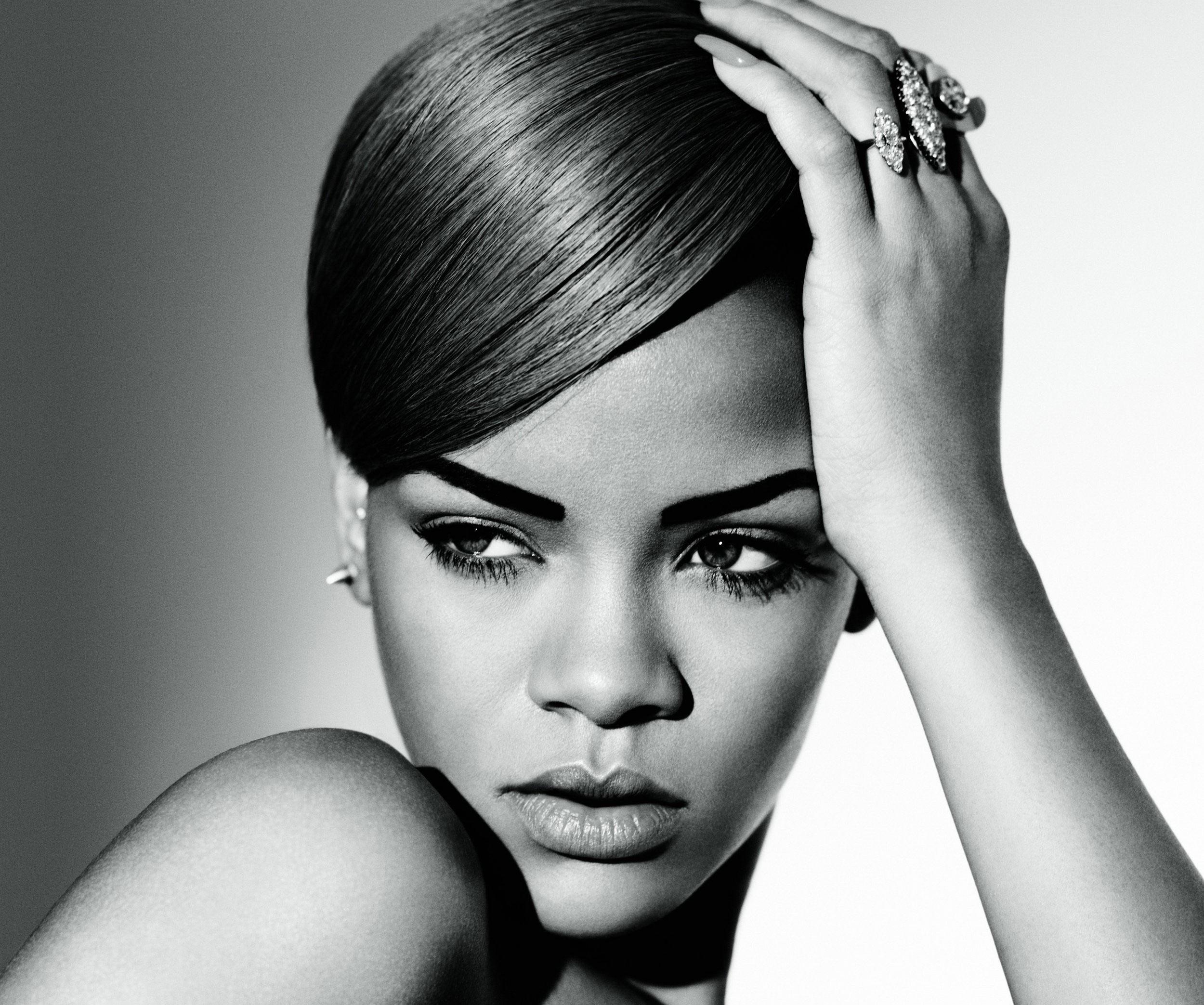 Rihanna's best love songs-diamonds