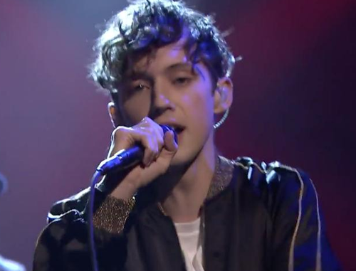 "2016 Billboard Music Awards best love song-Troye Sivan's ""Youth"" 02"