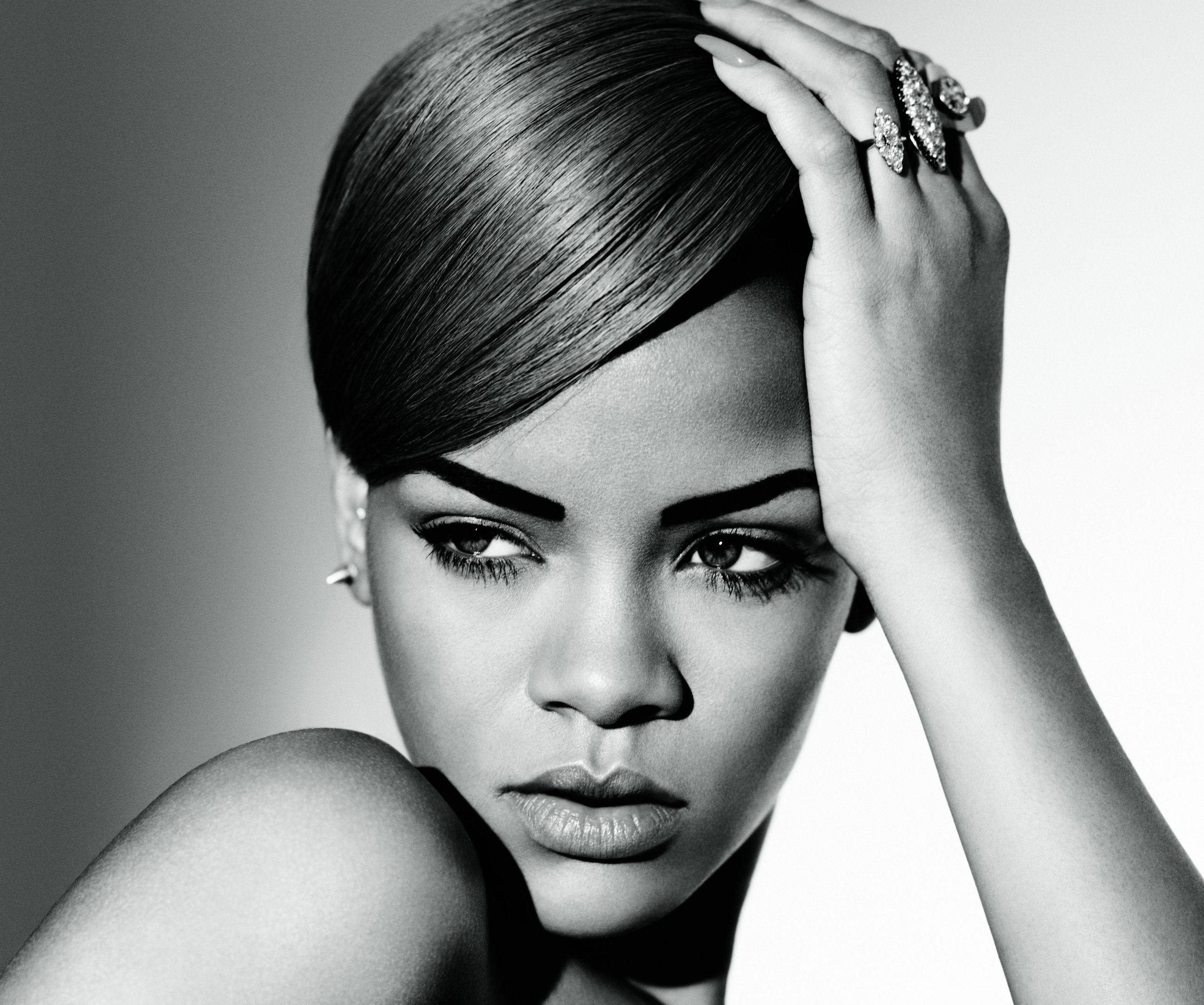 Rihanna's best love songs-diamonds