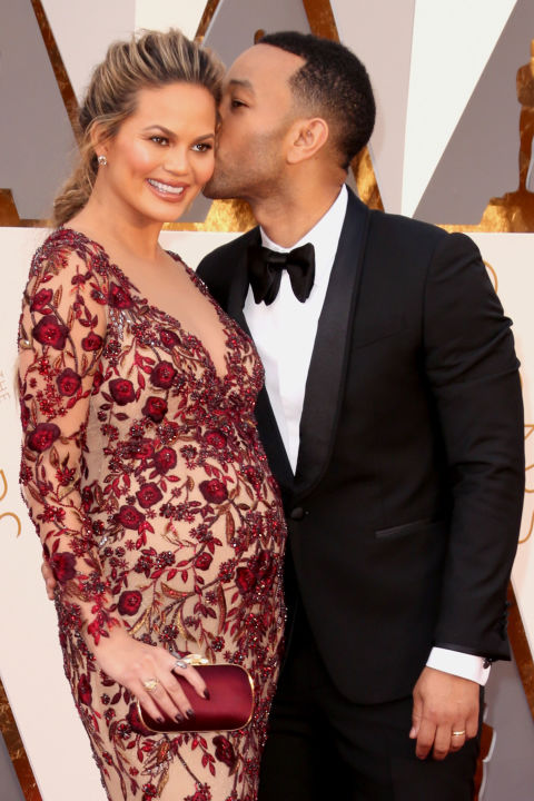 2016 RELATED:18 Celebrity Husbands Who Are *Killing* the Romance Game